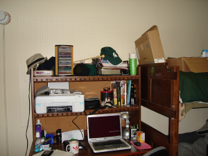 dorm-desk-and-bunk